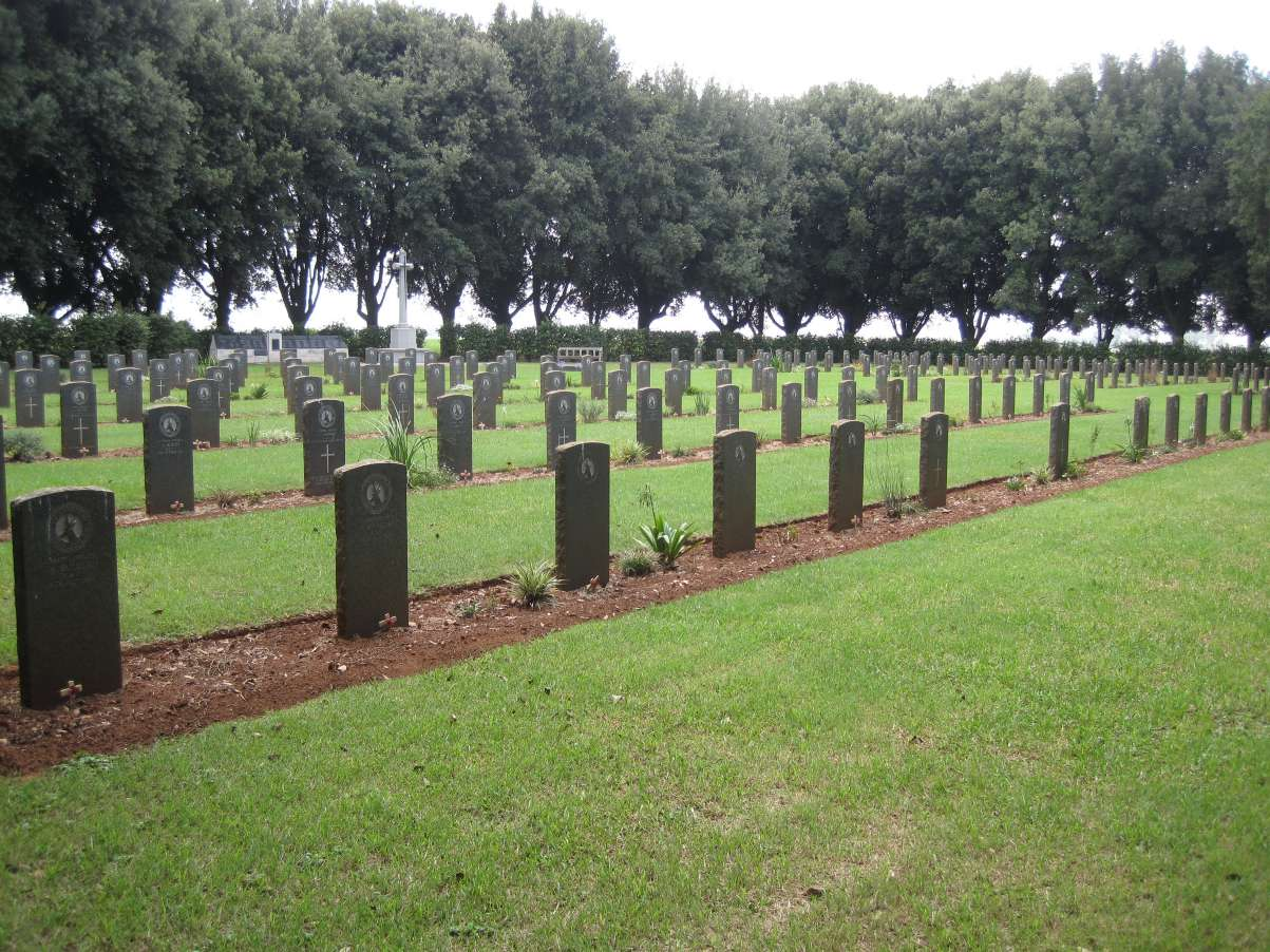 PALMIETKUIL SOUTH WAR CEMETERY - CWGC