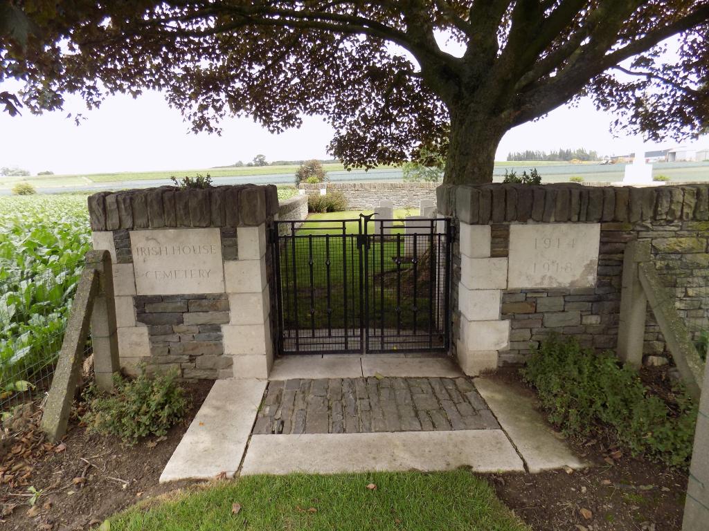 IRISH HOUSE CEMETERY - CWGC