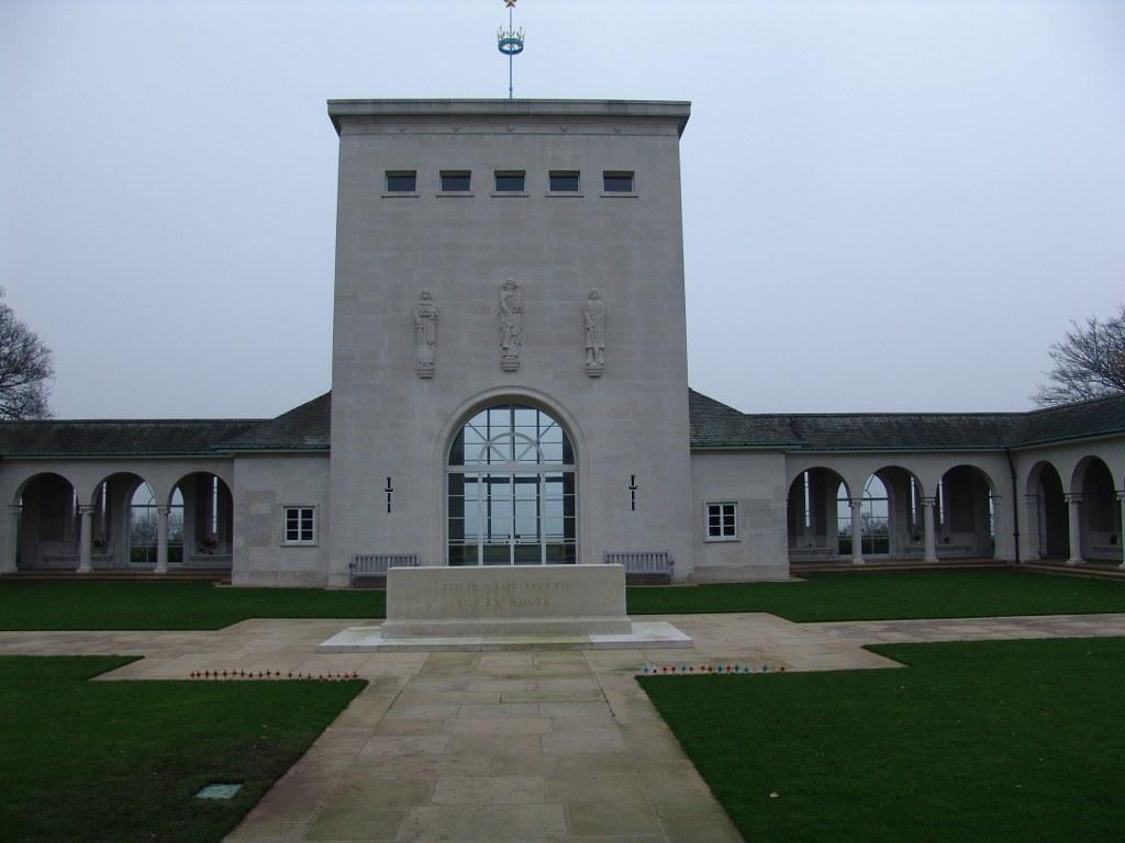 RUNNYMEDE MEMORIAL - CWGC