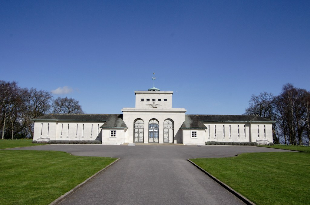 RUNNYMEDE MEMORIAL - CWGC