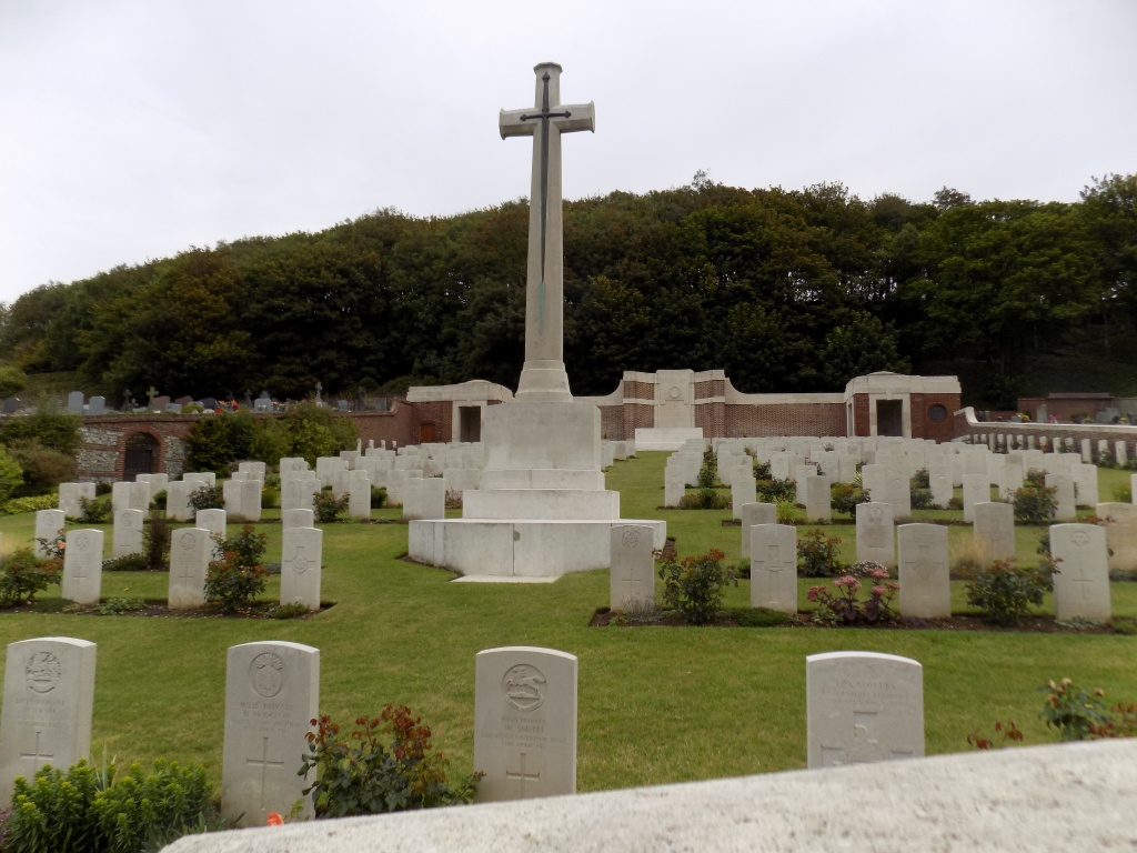 LE TREPORT MILITARY CEMETERY - CWGC