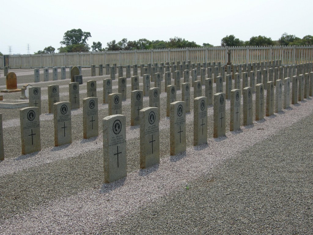 THABA TSHWANE (OLD NO.1) MILITARY CEMETERY - CWGC