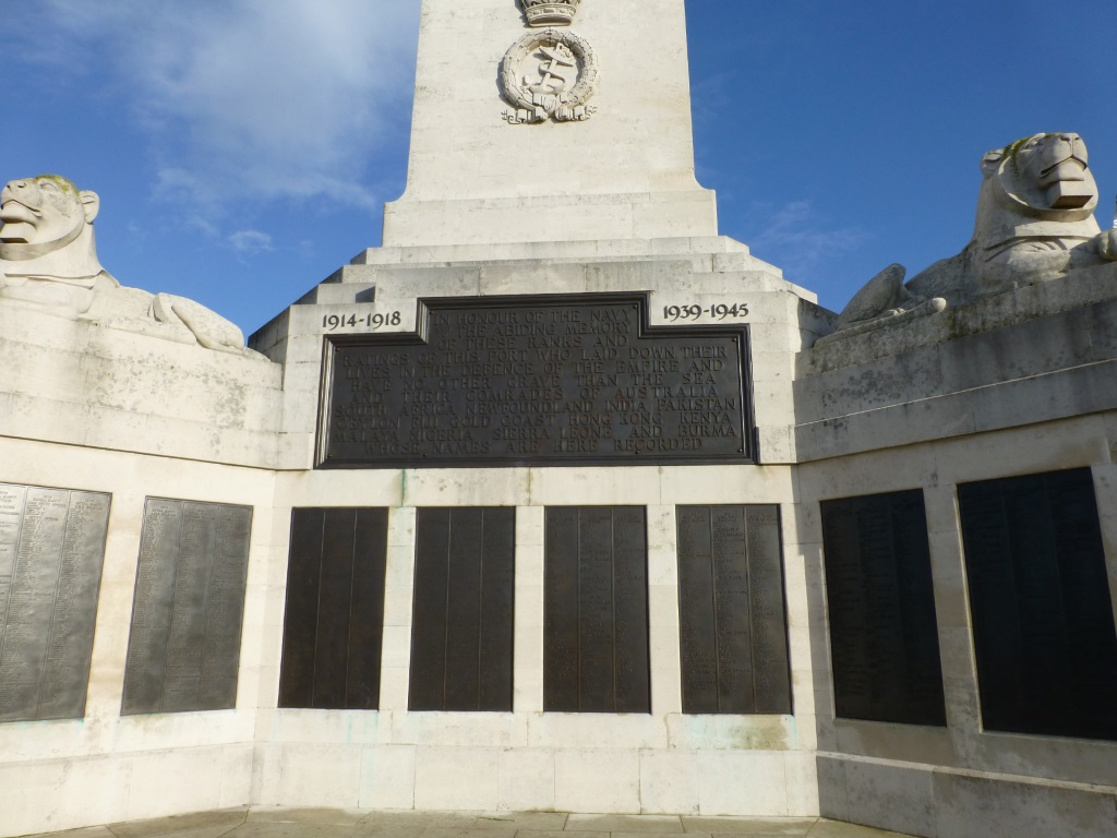 PLYMOUTH NAVAL MEMORIAL - CWGC