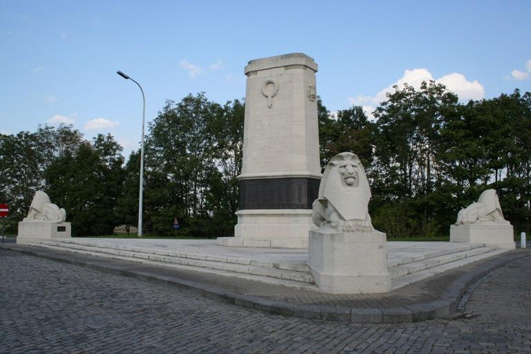 NIEUPORT MEMORIAL - CWGC
