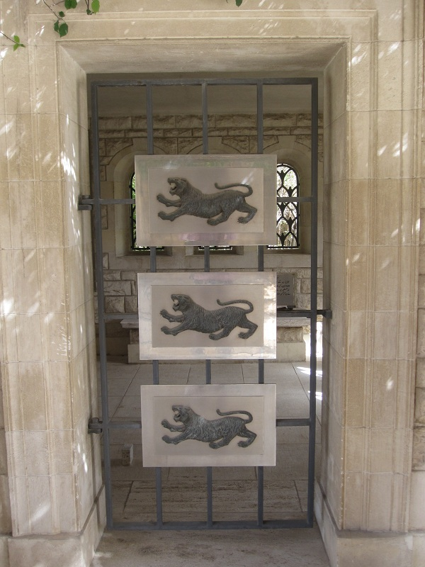 HELIOPOLIS (PORT TEWFIK) MEMORIAL - CWGC