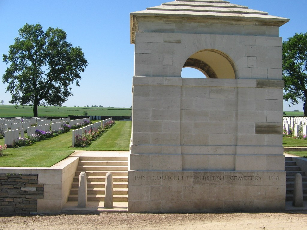 COURCELETTE BRITISH CEMETERY - CWGC