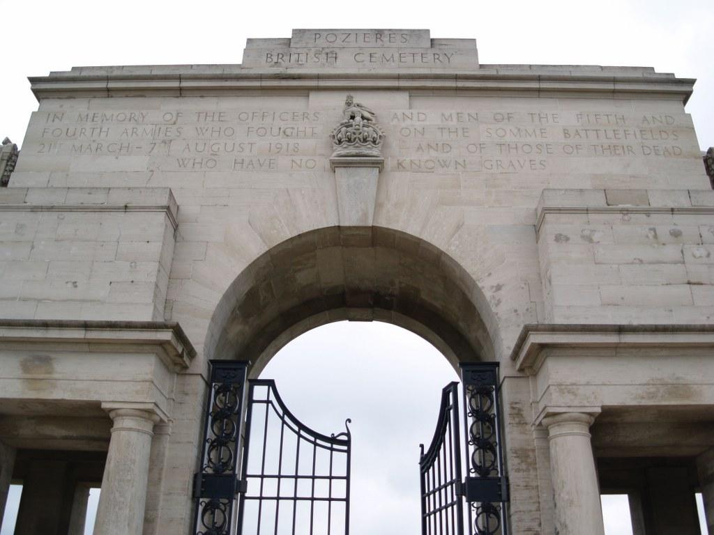 POZIERES BRITISH CEMETERY, OVILLERS-LA BOISSELLE - CWGC