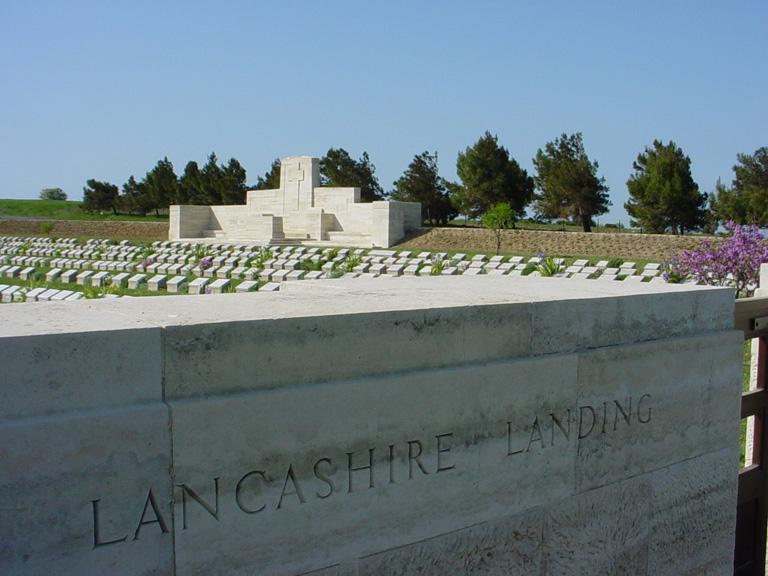 LANCASHIRE LANDING CEMETERY - CWGC