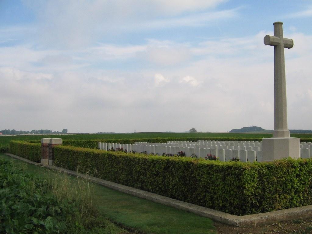 FRANKFURT TRENCH BRITISH CEMETERY, BEAUMONT-HAMEL - CWGC