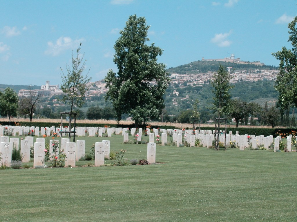 ASSISI WAR CEMETERY - CWGC