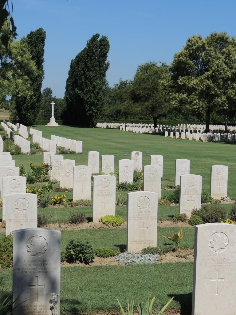 CORIANO RIDGE WAR CEMETERY - CWGC