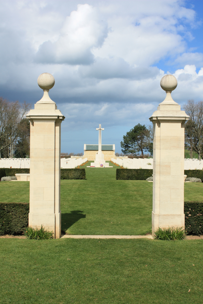 BENY-SUR-MER CANADIAN WAR CEMETERY, REVIERS - CWGC