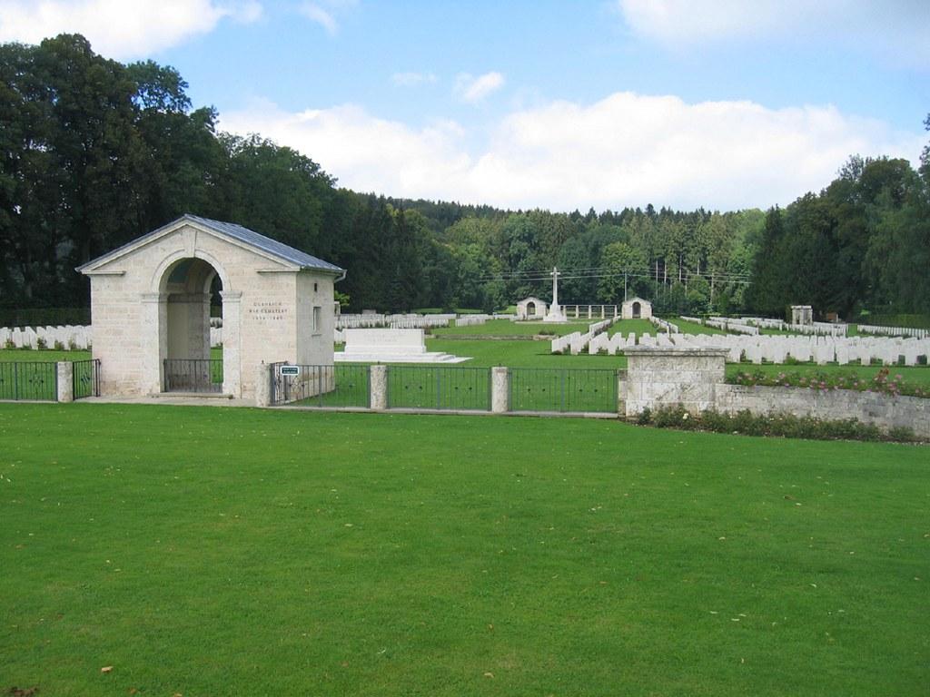 DURNBACH WAR CEMETERY - CWGC