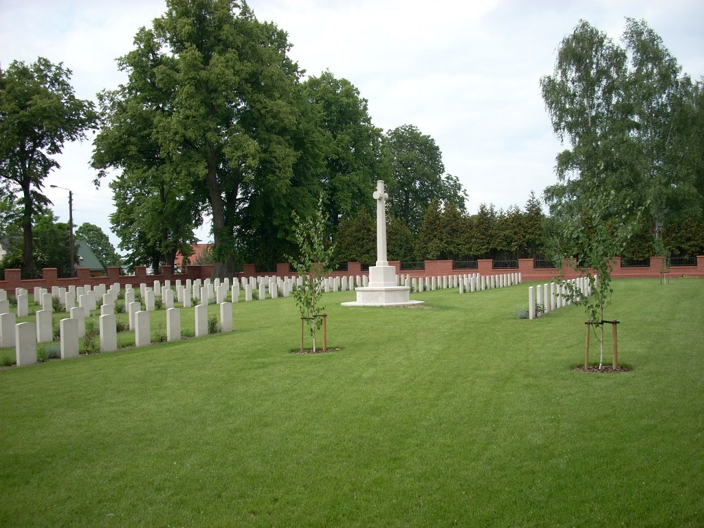 MALBORK COMMONWEALTH WAR CEMETERY - CWGC