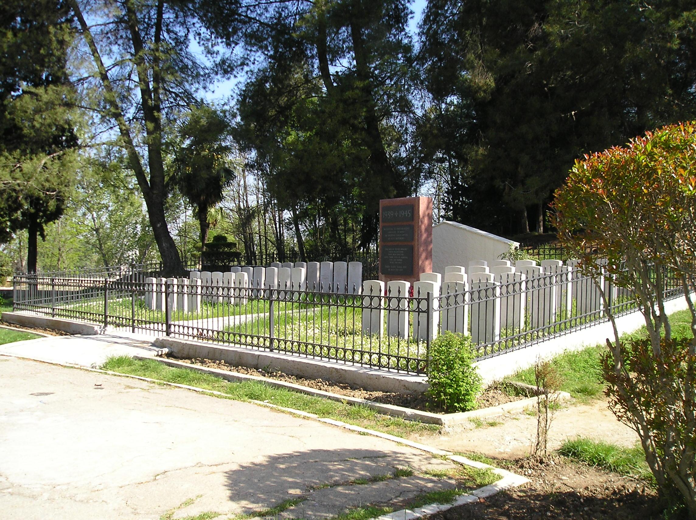 TIRANA PARK MEMORIAL CEMETERY - CWGC
