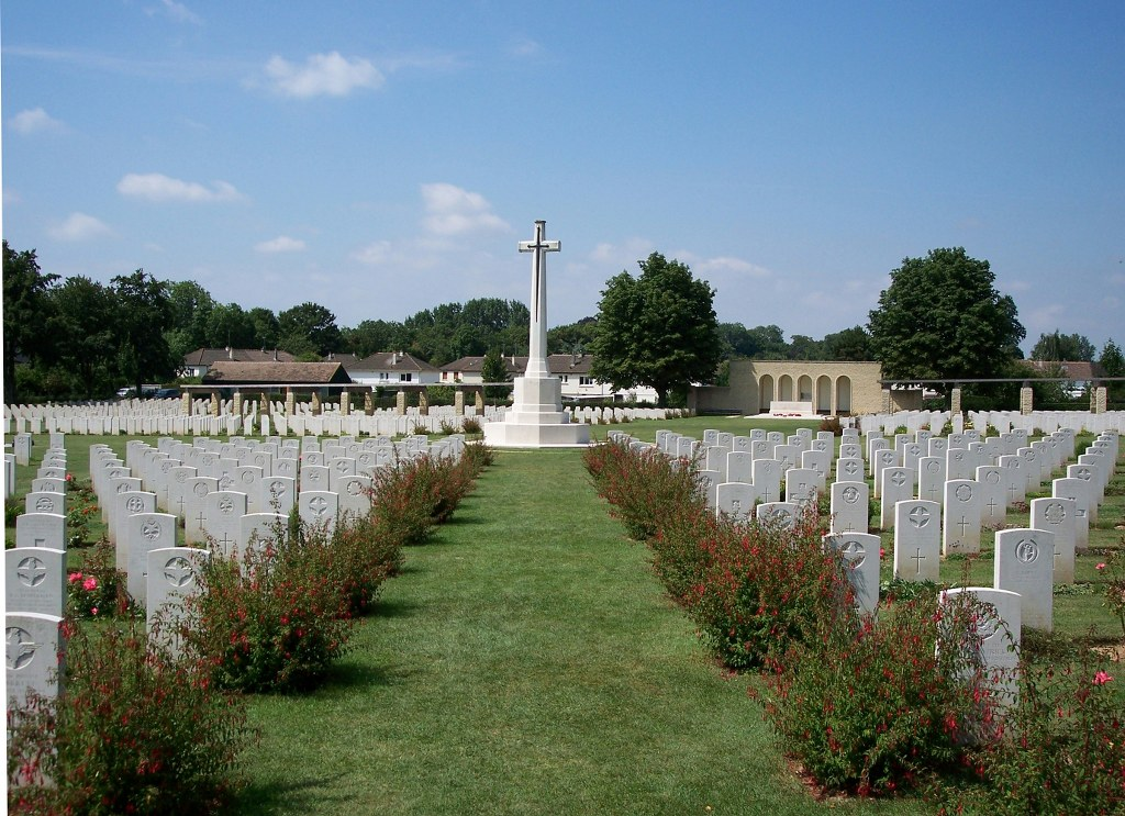 RANVILLE WAR CEMETERY - CWGC