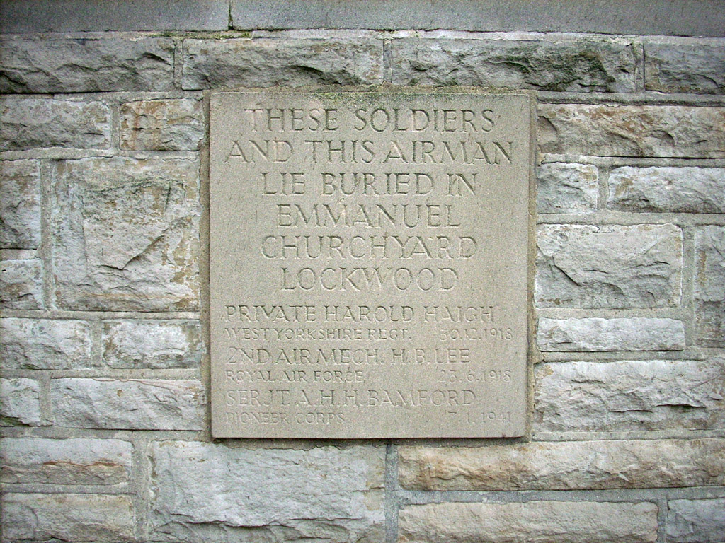 HUDDERSFIELD (EDGERTON) CEMETERY - CWGC