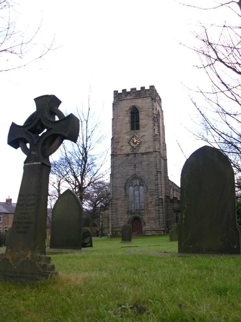 DARTON (ALL SAINTS) CHURCHYARD - CWGC