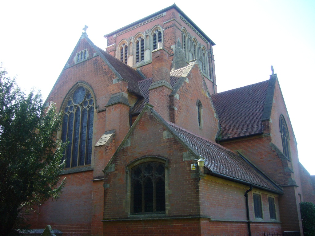 ASCOT SOUTH (ALL SOULS) CHURCHYARD - CWGC