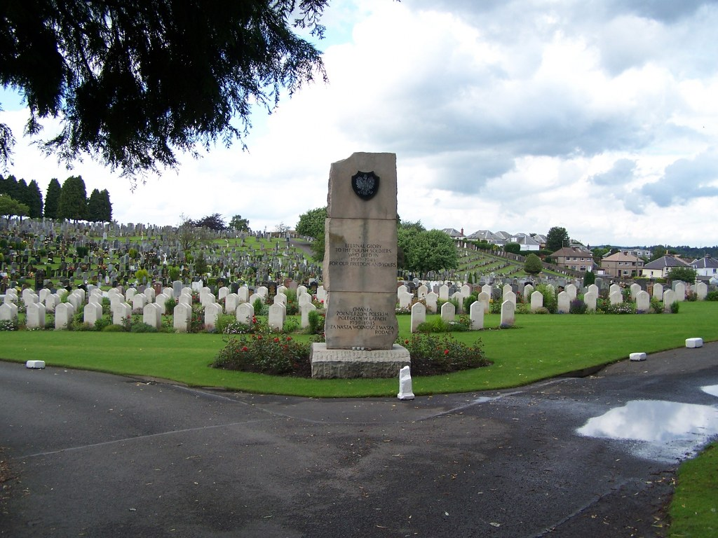 PERTH (JEANFIELD AND WELLSHILL) CEMETERY - CWGC