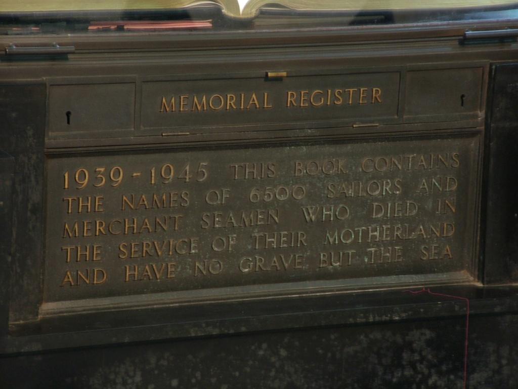 BOMBAY / CHITTAGONG 1939-1945 WAR MEMORIALS - CWGC