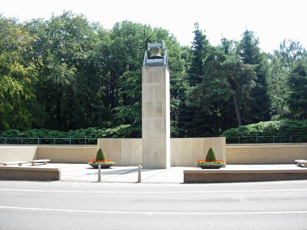 RHENEN (GREBBEBERG) NETHERLANDS FIELD OF HONOUR - CWGC