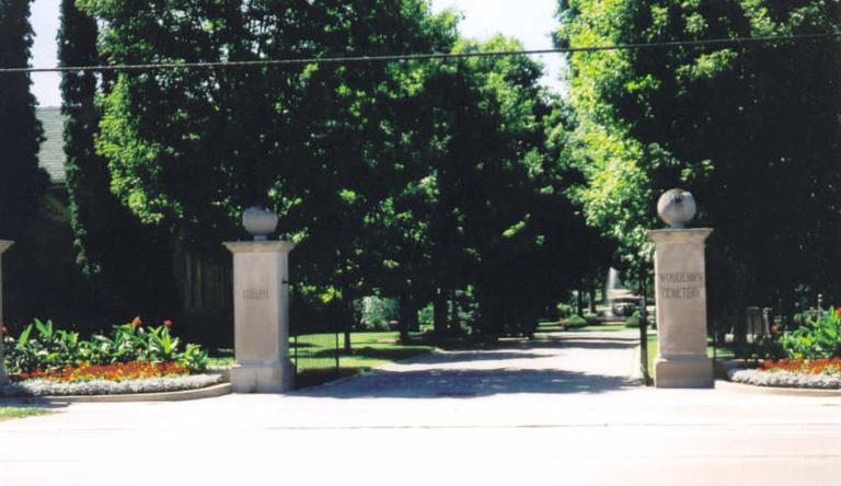GUELPH (WOODLAWN) MEMORIAL PARK - CWGC