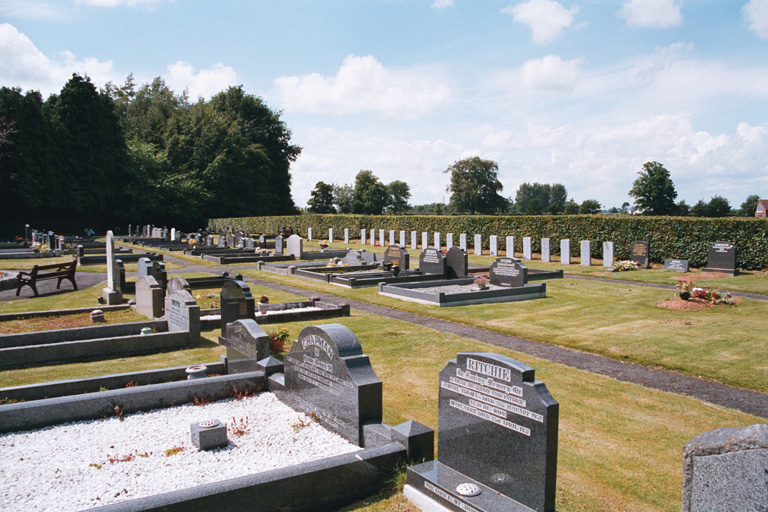 EGLANTINE CHURCH OF IRELAND CEMETERY - CWGC