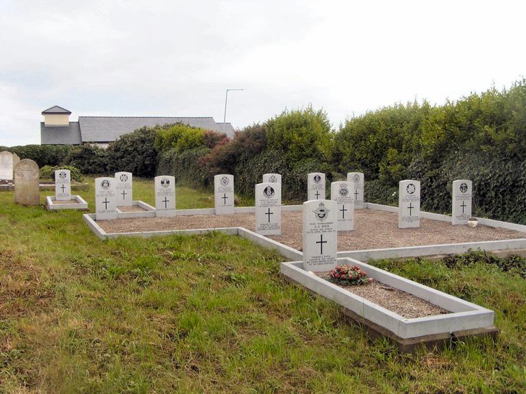 KILCOMMON ERRIS CHURCH OF IRELAND CHURCHYARD - CWGC