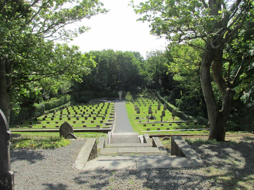 FORT GEORGE MILITARY CEMETERY, ST. PETER PORT, GUERNSEY - CWGC