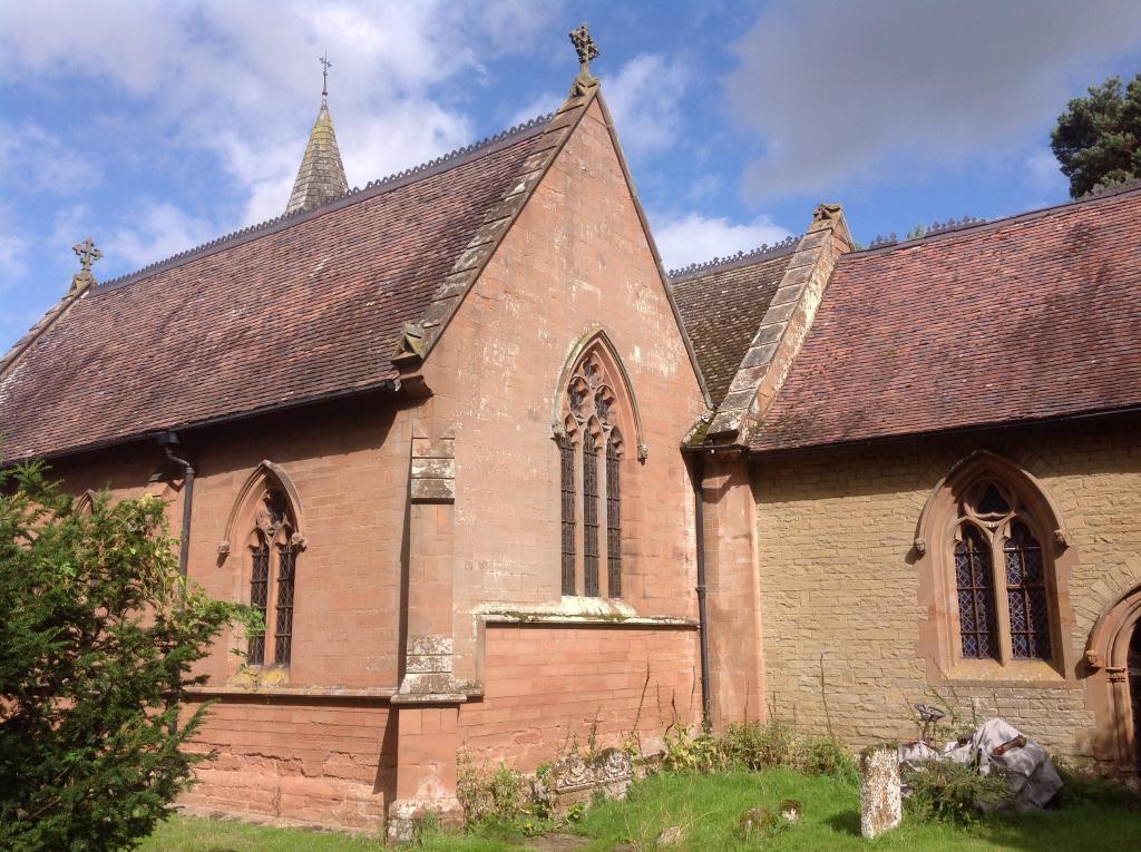 WASPERTON (ST. JOHN THE BAPTIST) CHURCHYARD - CWGC