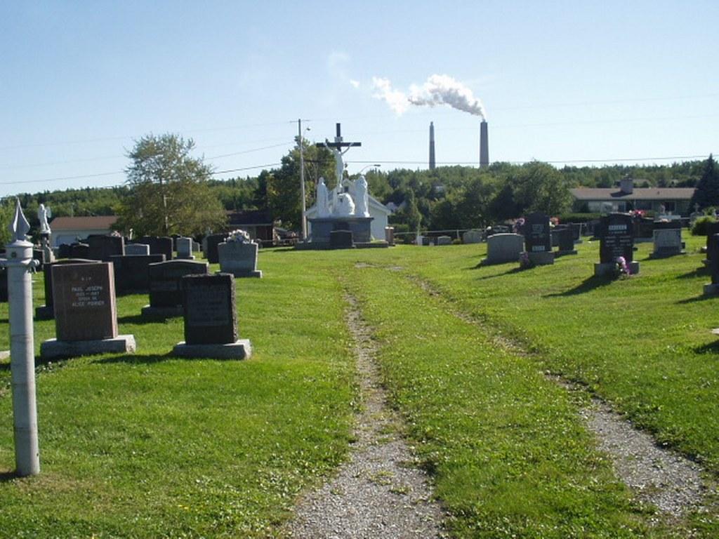 DALHOUSIE (ST. JOHNS) PRESBYTERIAN CHURCH CEMETERY - CWGC