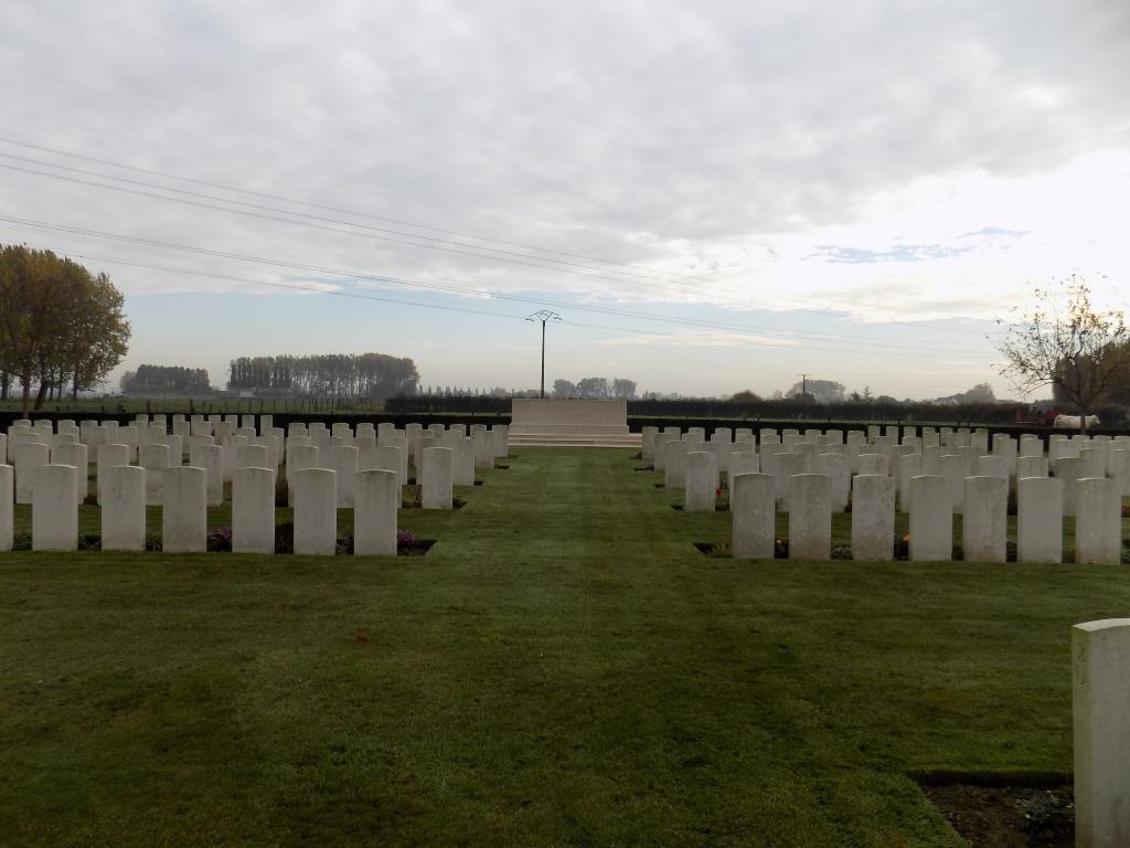 LE GRAND BEAUMART BRITISH CEMETERY, STEENWERCK - CWGC