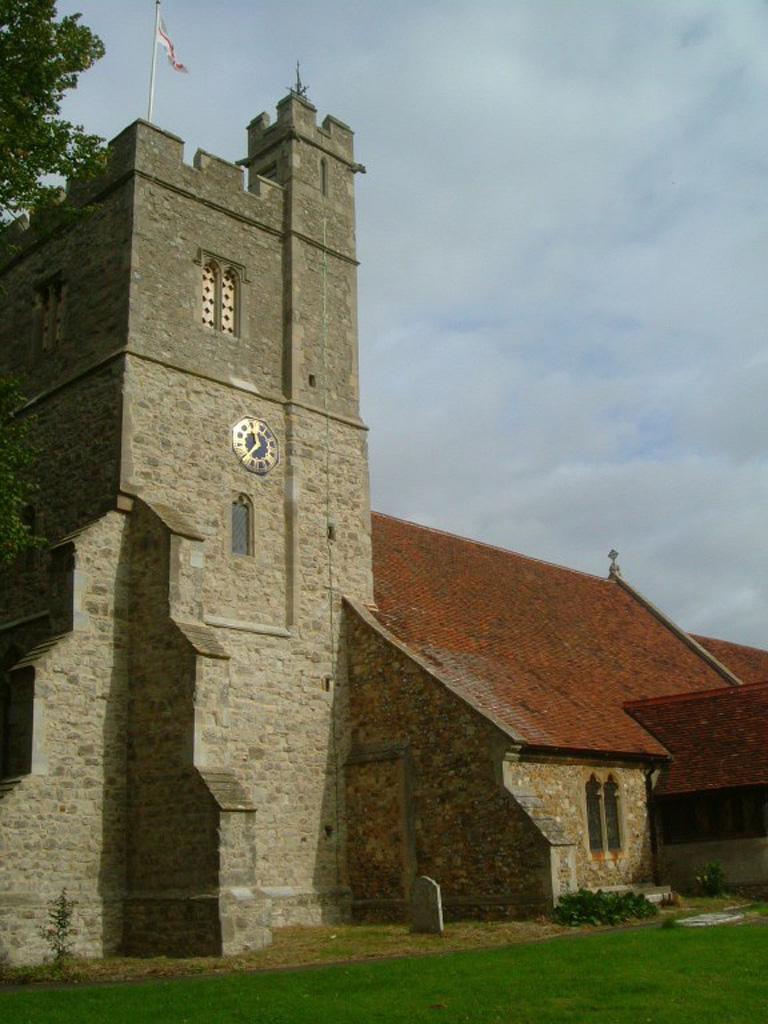TILLINGHAM (ST. NICHOLAS) CHURCHYARD - CWGC