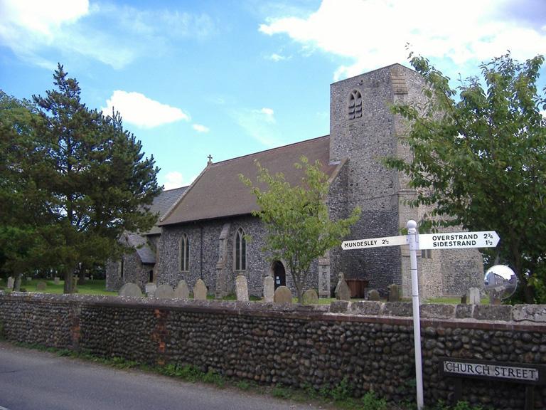 TRIMINGHAM (ST. JOHN THE BAPTIST) CHURCHYARD - CWGC
