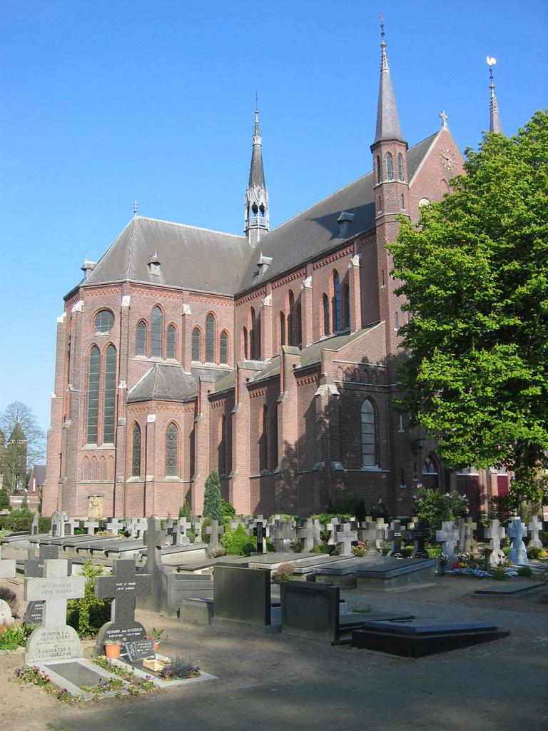 BOXTEL (HEILIG HART VAN JESUS) ROMAN CATHOLIC CHURCHYARD - CWGC