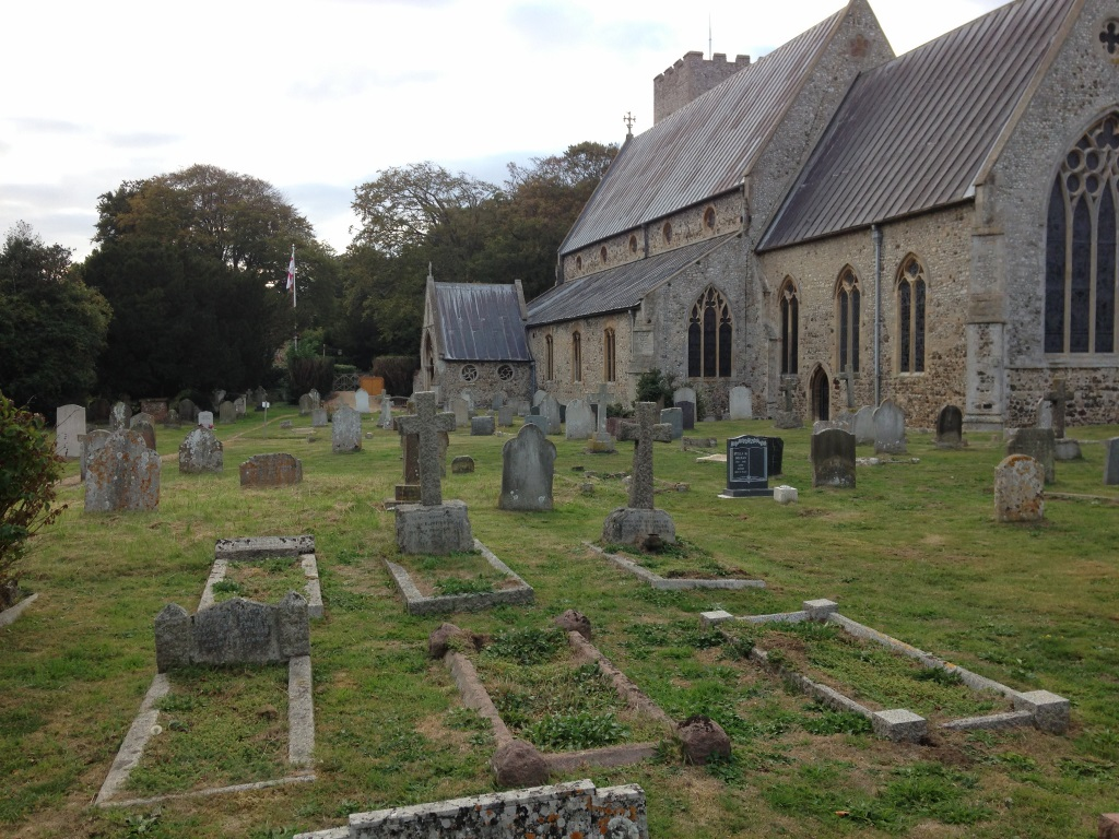 HUNSTANTON (ST. MARY) CHURCHYARD - CWGC