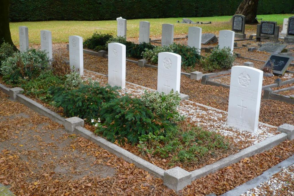 BATHMEN GENERAL CEMETERY - CWGC