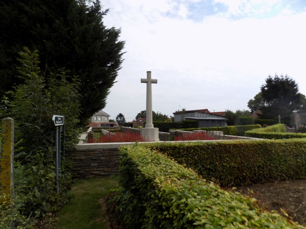 SEQUEHART BRITISH CEMETERY NO.1 - CWGC