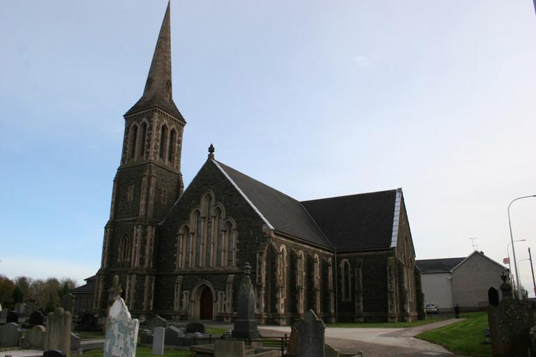 MAGHERAFELT FIRST PRESBYTERIAN CHURCHYARD - CWGC