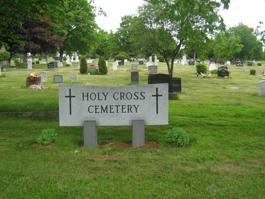 NORTH SYDNEY (HOLY CROSS) CEMETERY - CWGC