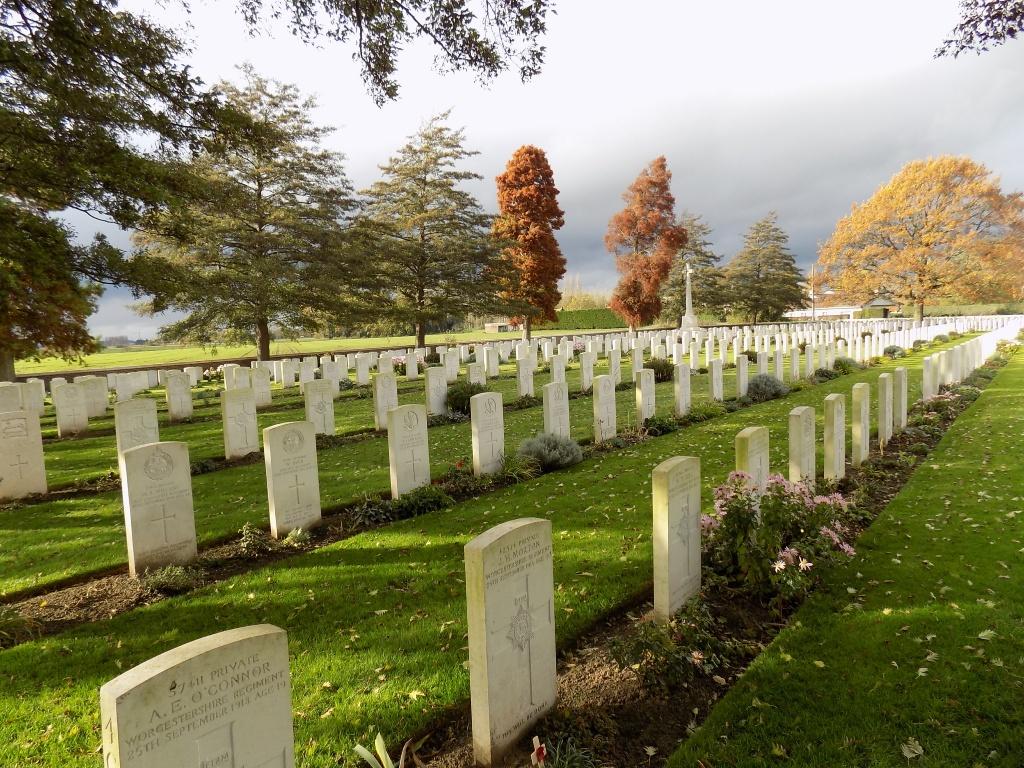 LE TOURET MILITARY CEMETERY, RICHEBOURG-L'AVOUE - CWGC