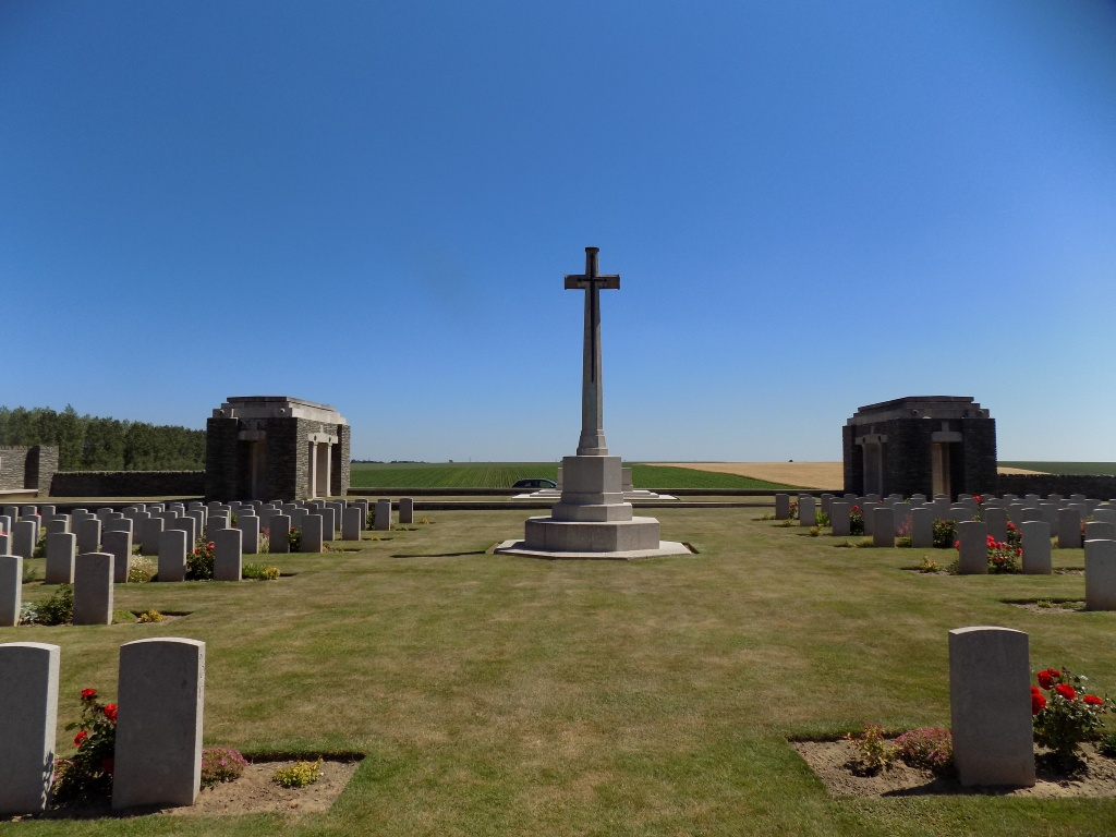 BIENVILLERS MILITARY CEMETERY - CWGC