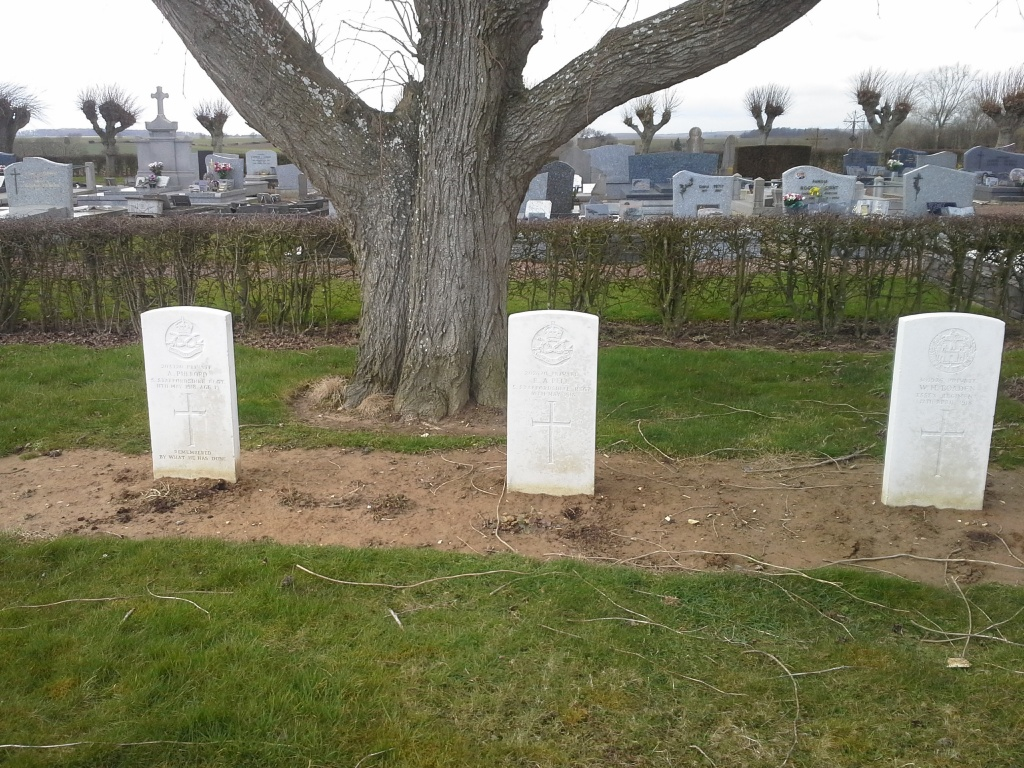 BARLY FRENCH MILITARY CEMETERY - CWGC