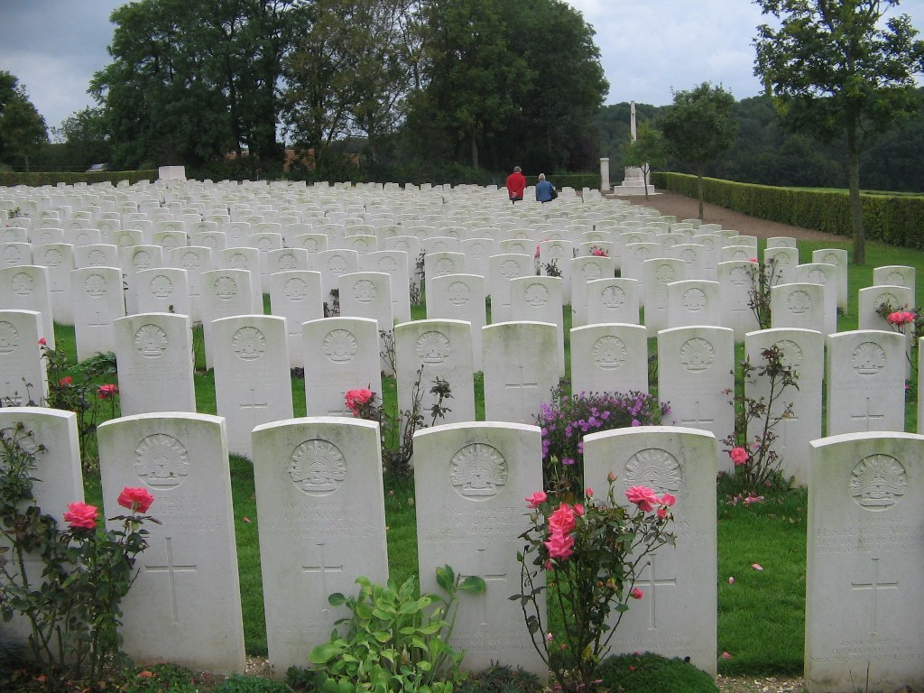 ADELAIDE CEMETERY, VILLERS-BRETONNEUX - CWGC