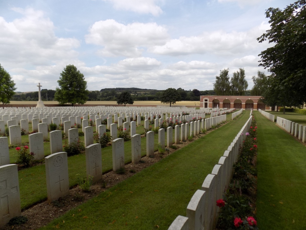 HEILLY STATION CEMETERY, MERICOURT-L'ABBE - CWGC