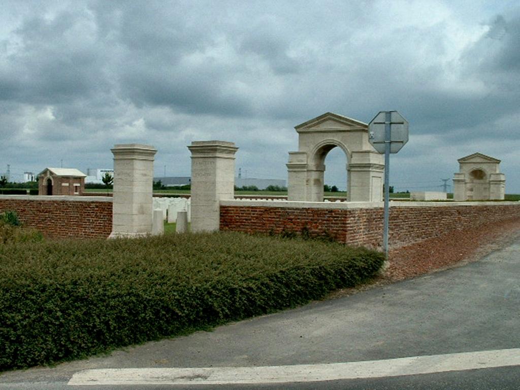 MONCHY BRITISH CEMETERY, MONCHY-LE-PREUX - CWGC