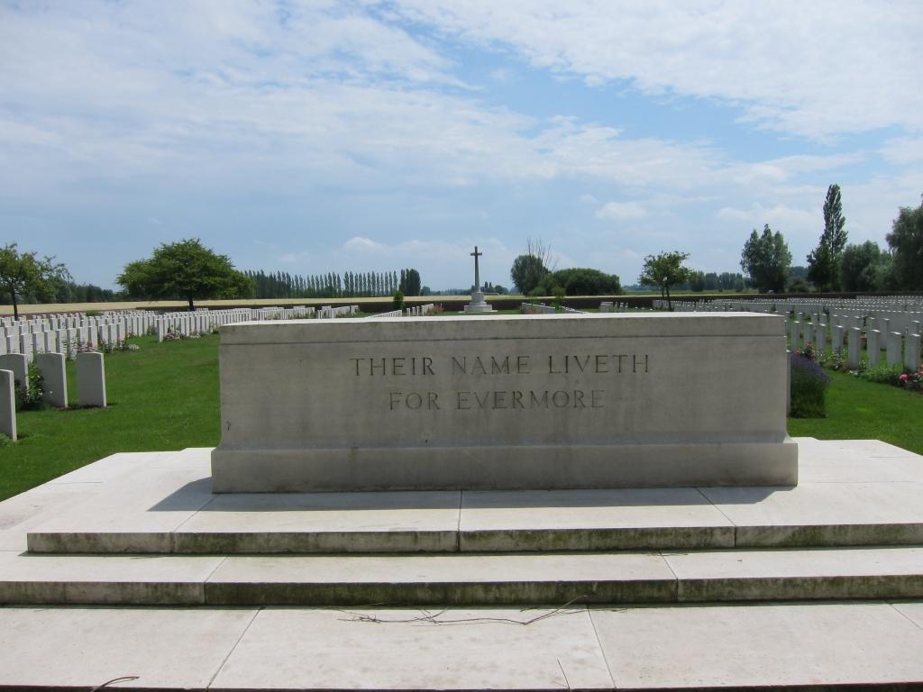 RUE-PETILLON MILITARY CEMETERY, FLEURBAIX - CWGC