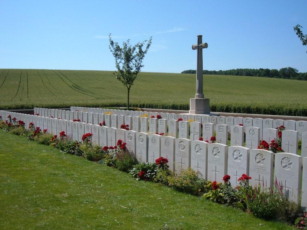 GRAND RAVINE BRITISH CEMETERY, HAVRINCOURT - CWGC