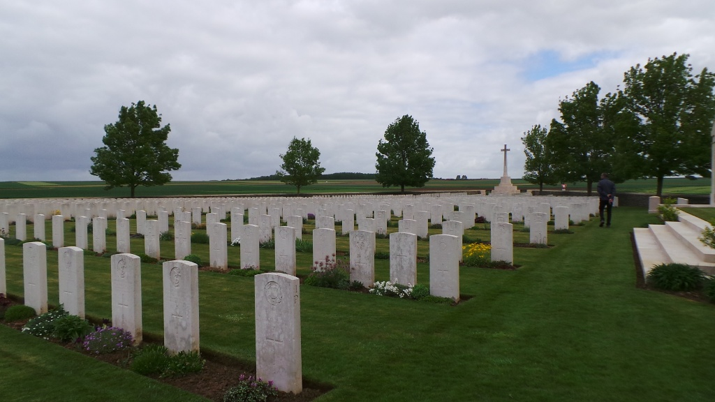 BAILLEUL ROAD EAST CEMETERY, ST. LAURENT-BLANGY - CWGC